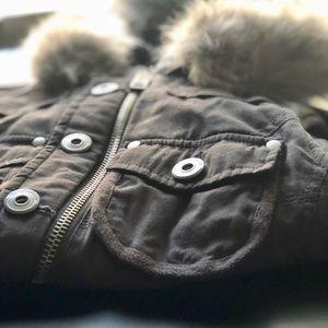 Zip-Up Vest ➕ Optional Fur Detail. High Quality